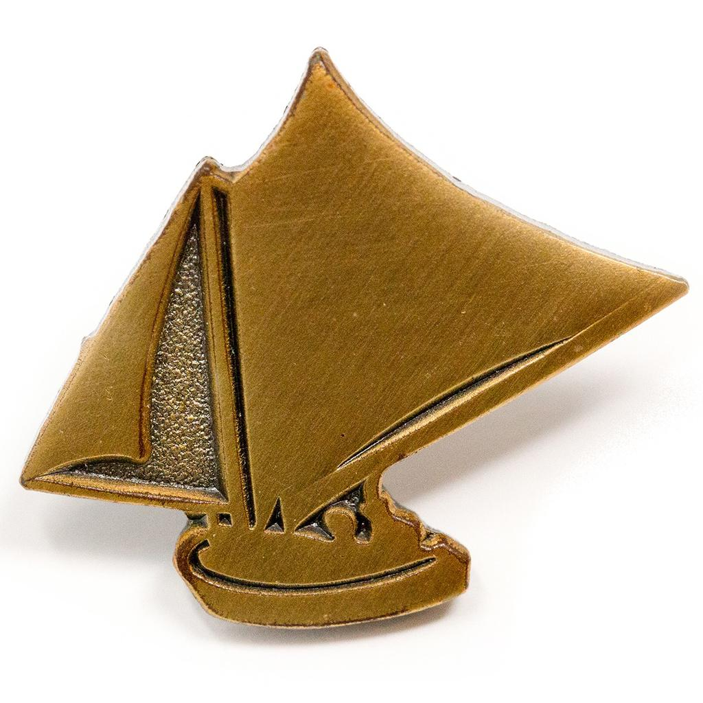 Gillnetter Lapel Pin