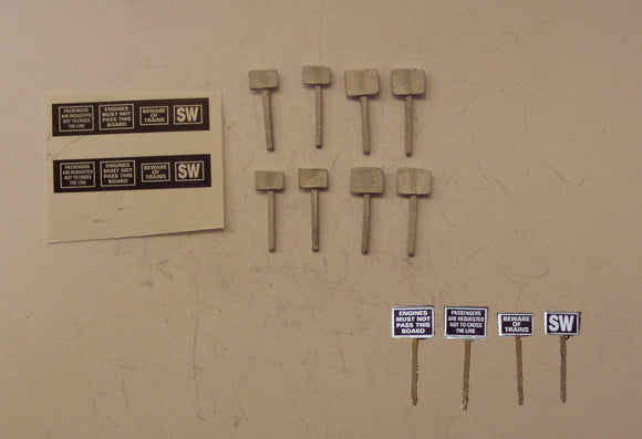 B123 (1) Track side signs (8) - N GAUGE -