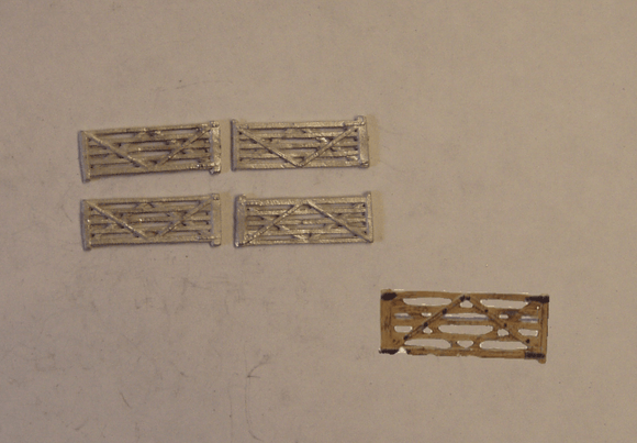 B158 (1) 5 bar farm gates (4) - N GAUGE -