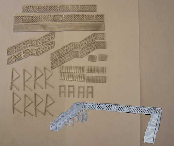 B21 (4) GWR lattice footbridge (4 track) - N GAUGE -