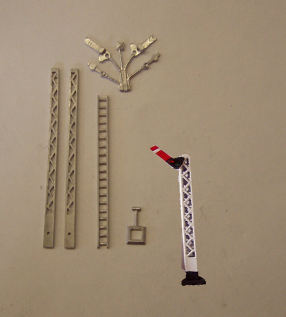 B321 (3) LMS lattice post home signal - N GAUGE -