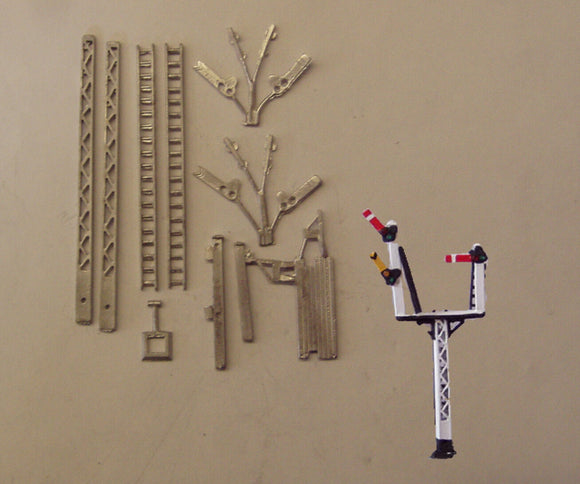 B324 (4) LMS lattice post junction signal (RH or LH) - N GAUGE -