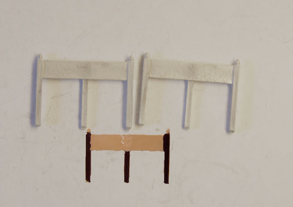 B34 (1) NE station nameboards (2) - N GAUGE -