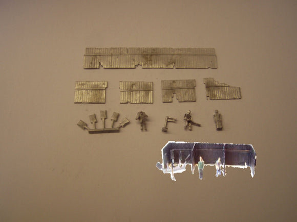 B481 (3) Coal staithes, sacks, scales & figures - N GAUGE -