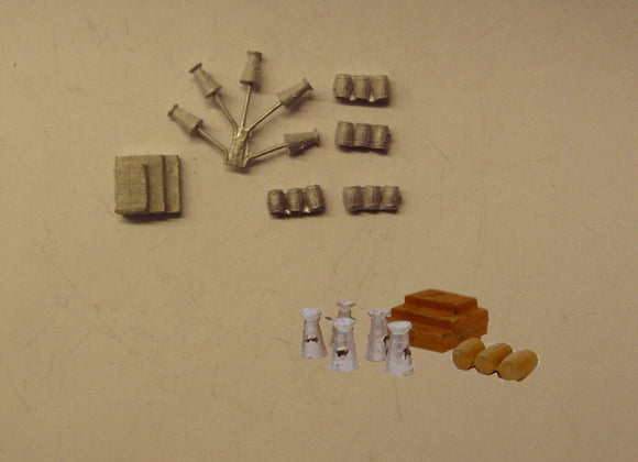 B484 (1) Barrels, milk churns and boxes - N GAUGE -