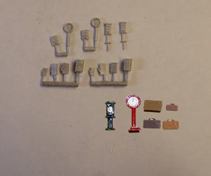 B66 (2) Chocolate / weighing machines & luggage - N GAUGE -