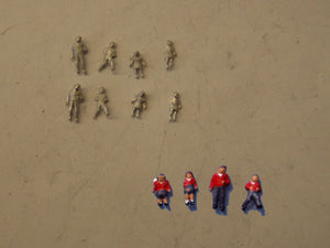 C40 (1) Children (8) - N GAUGE -
