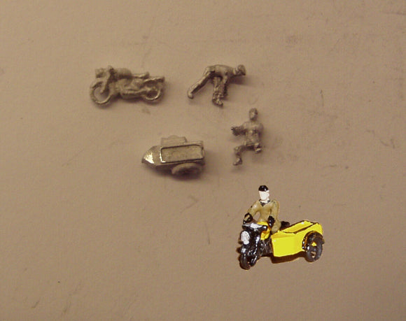 E107 (3) 1950's AA motorcycle patrol (includes 2 figures) - N GAUGE -