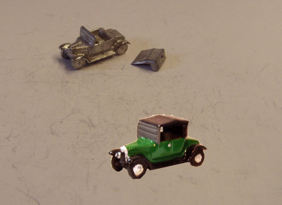 E25 (2) Bullnose Morris (intro 1913) with soft top up - N GAUGE -