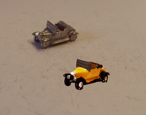 E26 (1) Bullnose Morris (intro 1913) with soft top down - N GAUGE -