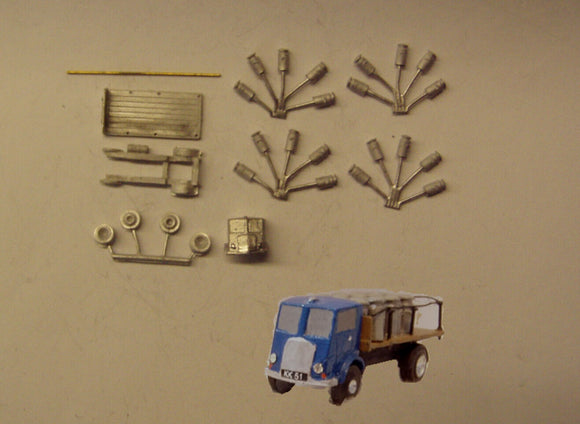 E79 (3) Morris flatbed with milk churn load (intro 1948) - N GAUGE -