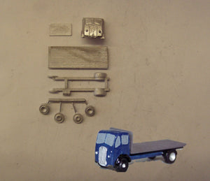"E90 (3) ERF 14'6"" flatbed lorry (intro 1948) - N GAUGE -"