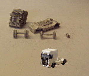 MV135 (3) Scania Highline 2+4 Tractor unit - N GAUGE -
