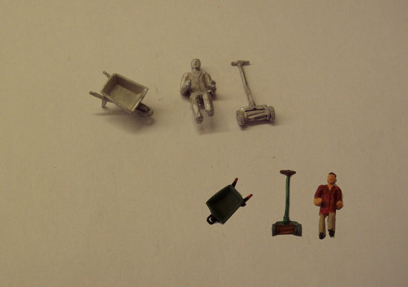 PW154 (1) Lawnmower,wheelbarrow and a figure - OO GAUGE -