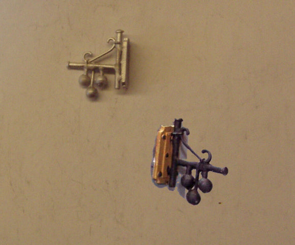 PW263 (1)  Wall mounted pawnbrokers sign - OO GAUGE -