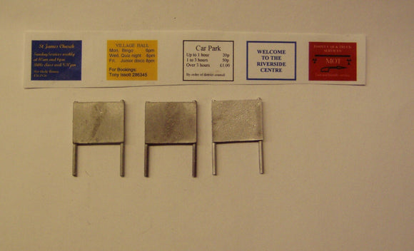PW273 (1) Large Notice boards (3) (incl. signs) - OO GAUGE -
