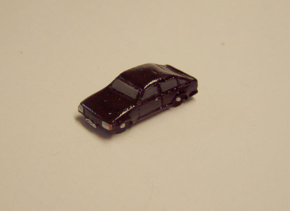 X18 Ford Escort 5 door hatch (intro 1980's) - N GAUGE -