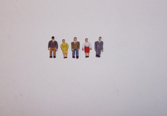 X46 Standing people (5) - N GAUGE -
