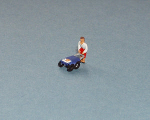 X50 Mother with baby in pram (2) - N GAUGE -