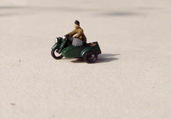 X76 open 1950's motorbike, open sidecar and rider - N GAUGE -