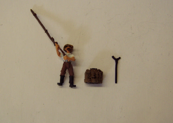 Z29 Fisherman with rod & tackle box - OO GAUGE -