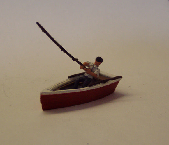 Z33 Man fishing from row boat - OO GAUGE -