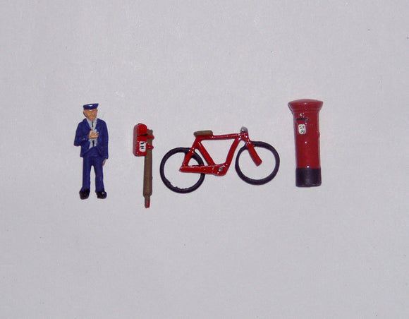 Z07 Postman, bike and 2 postboxes - OO GAUGE -