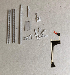 B333 (4) LNER wood post home on bracket signal - N GAUGE -