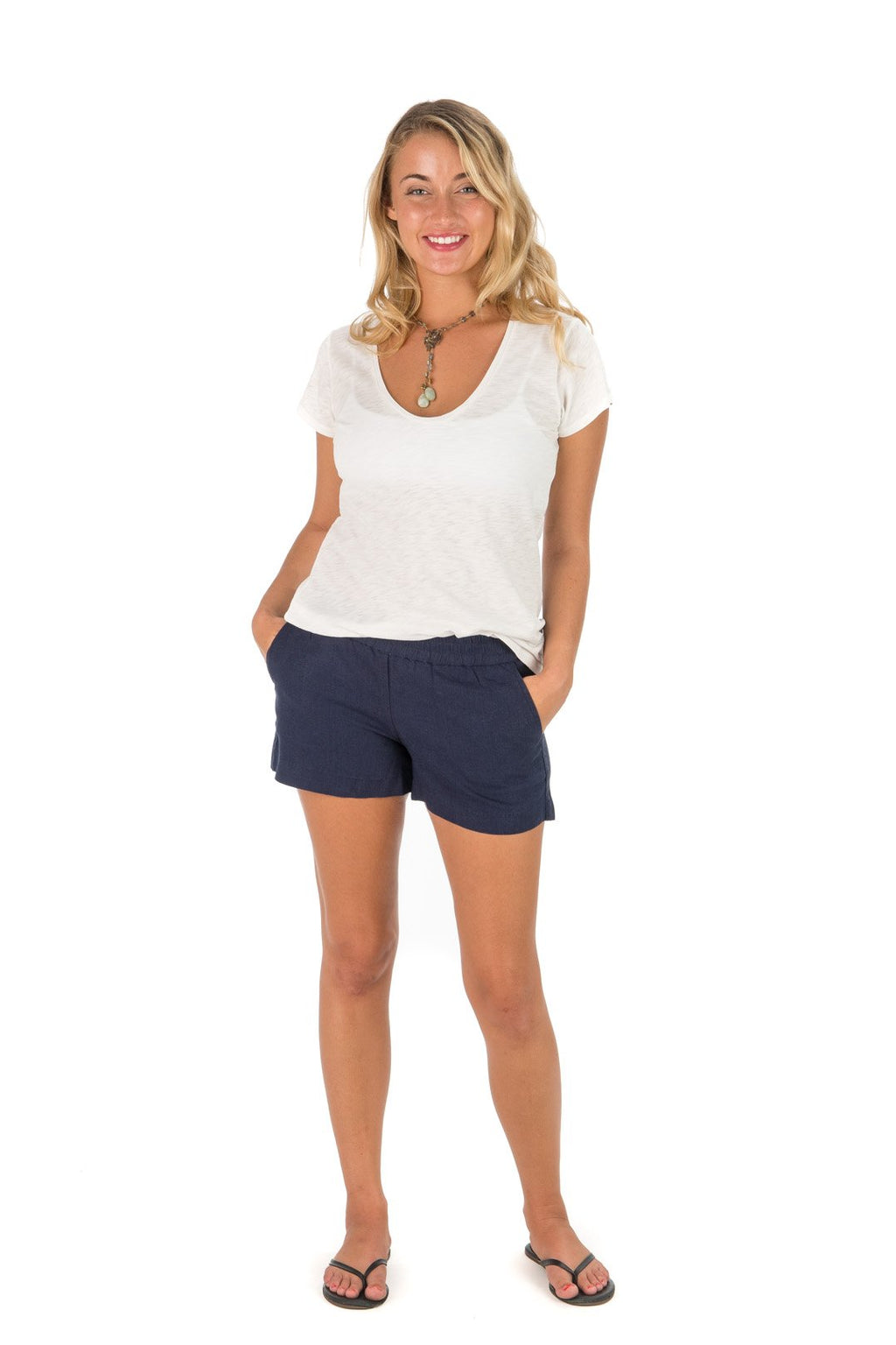 casual & comfortable linen short with elastic waist