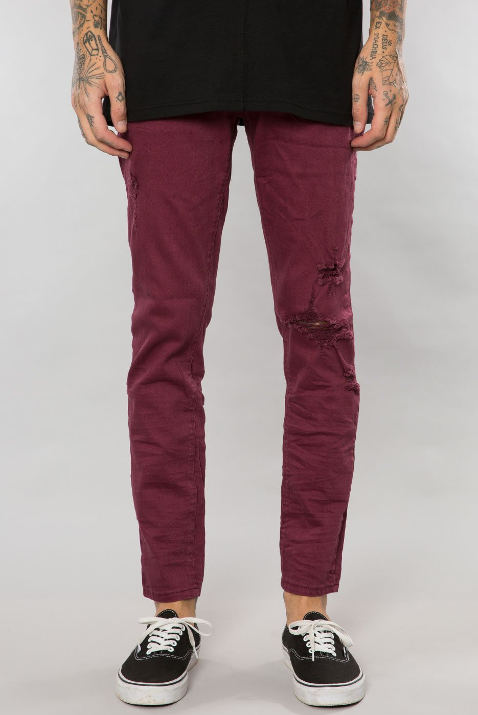 BURGUNDY DESTRUCTED DENIM SLIM TAPERED PANT