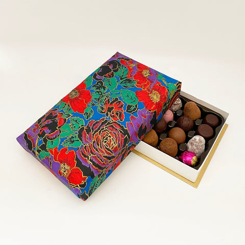 24 Piece Silk Boxes