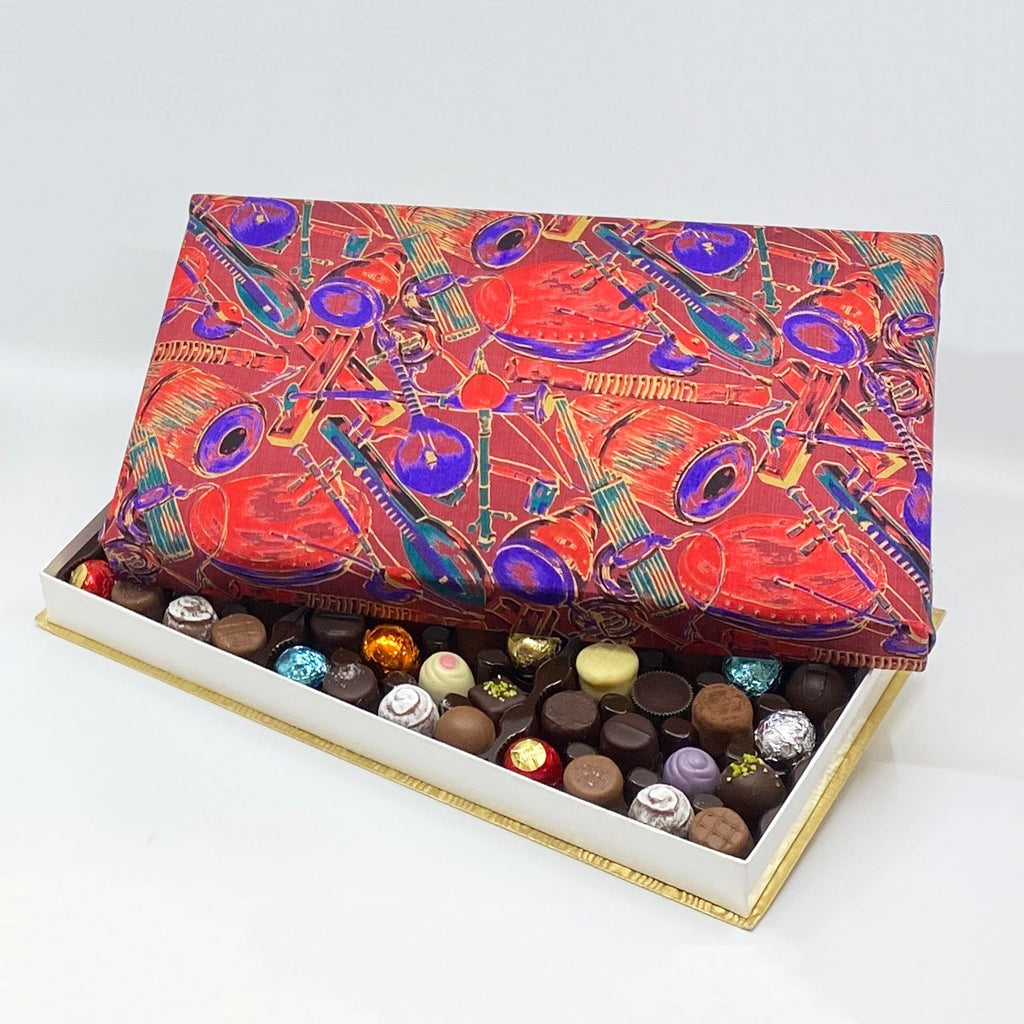 72 Piece Musical Silk Box