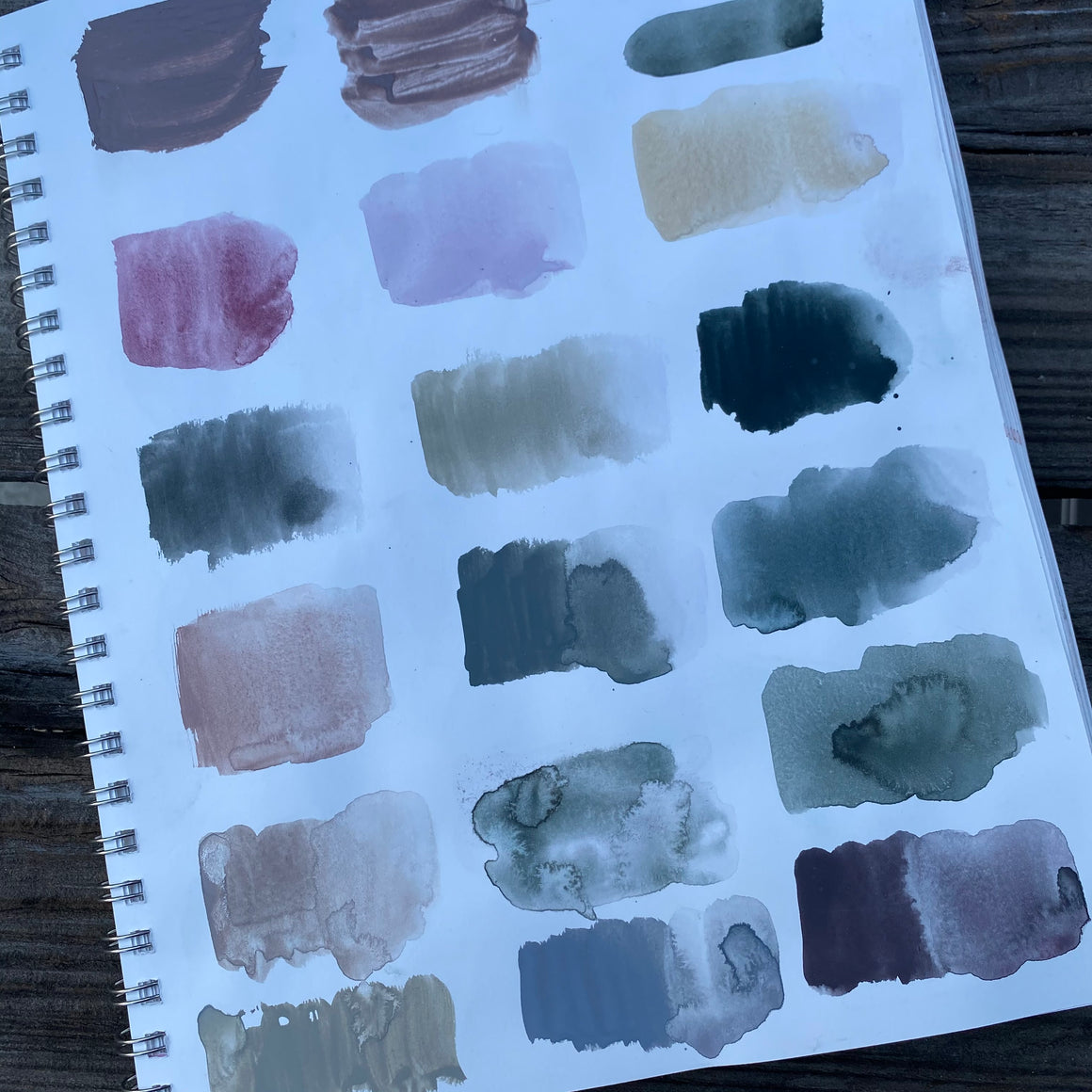 SUNRISE STUDIO hand-mixed #tracibautistaCOLOR pigment kit + paint swatching workshop