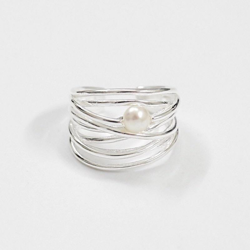 Clean Waves Jewellery Beauty Beneath Sterling Silver Pearl Ring