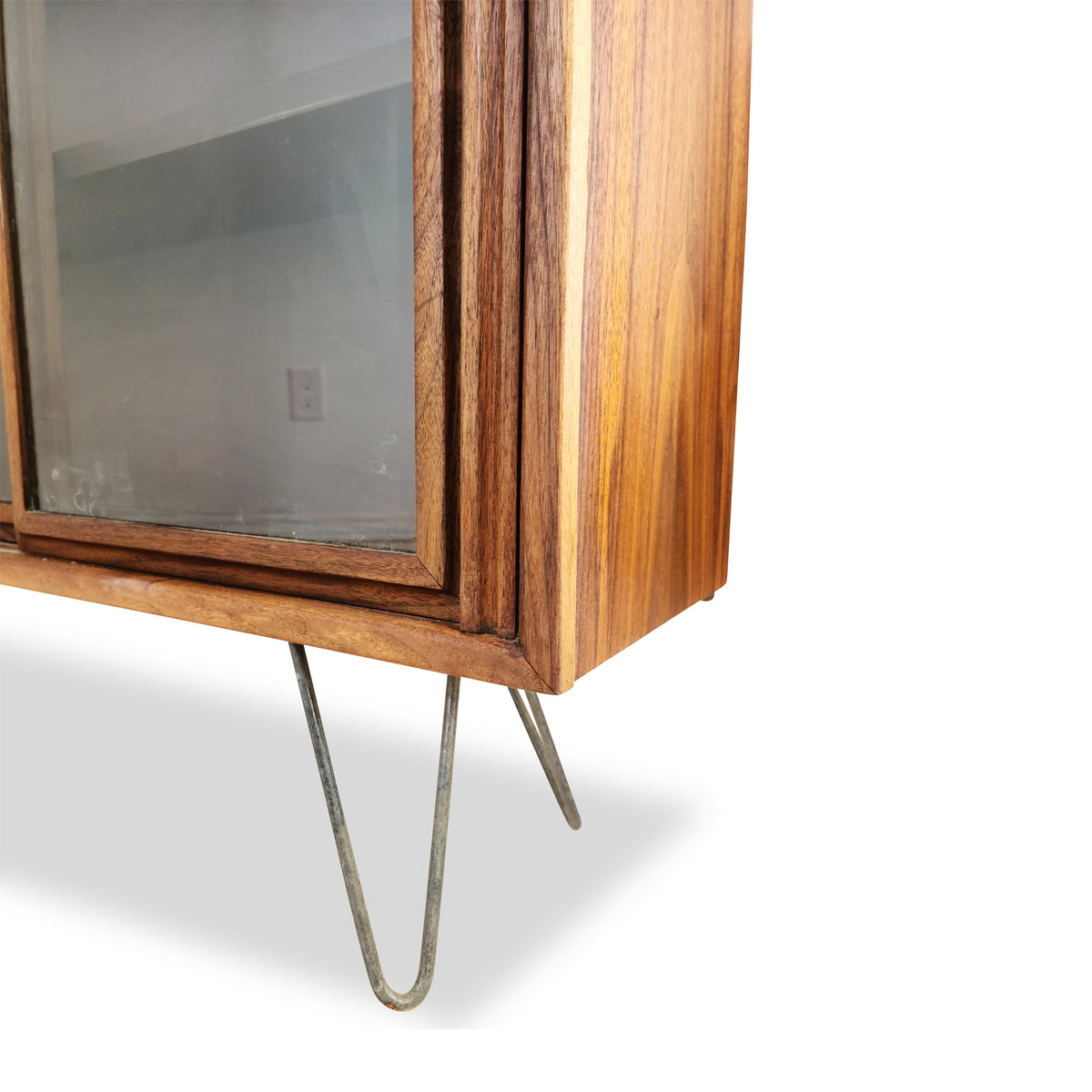 Walnut bookcase by Honderich
