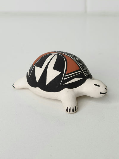 Native American Acoma Pottery Small Turtle
