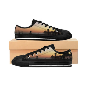 Huntington Beach Surfsider Men's Sneakers - Tracy McCrackin Photography
