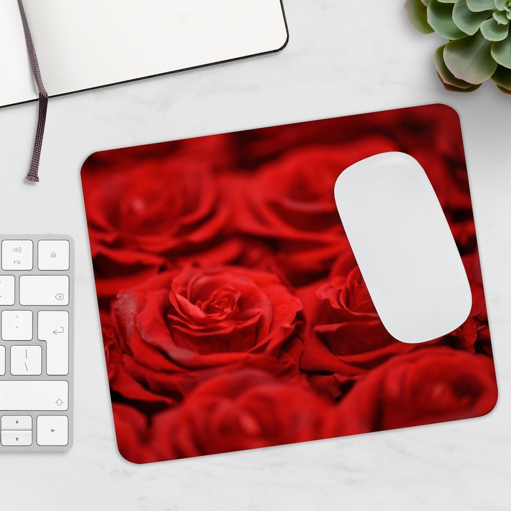 Red Roses Mousepad - Tracy McCrackin Photography