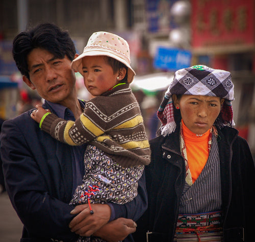 Colorful Tibetian Family - Tracy McCrackin Photography