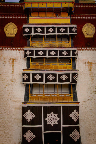 Portola Palace Window Decor - Tracy McCrackin Photography