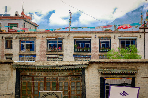 Varied Tibetan Architecture - Tracy McCrackin Photography