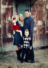 Load image into Gallery viewer, Family Portraits on a Farm 2 - Tracy McCrackin Photography