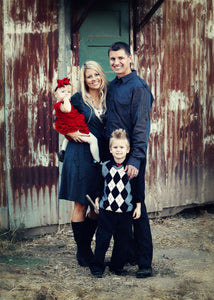 Family Portraits on a Farm 2 - Tracy McCrackin Photography
