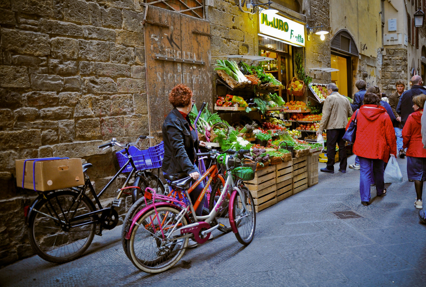 Florence Street Market - People In Italy