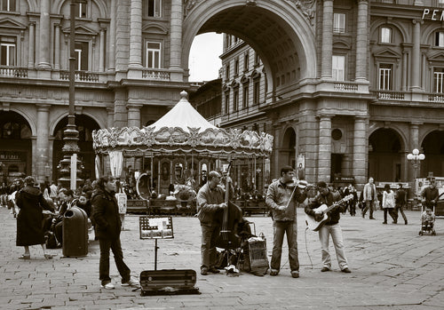 Musicians in Florence - Beautiful and Memorable Place - Tracy McCrackin Photography