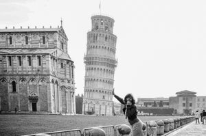 Tracy in Pisa Italy - Tracy McCrackin Photography
