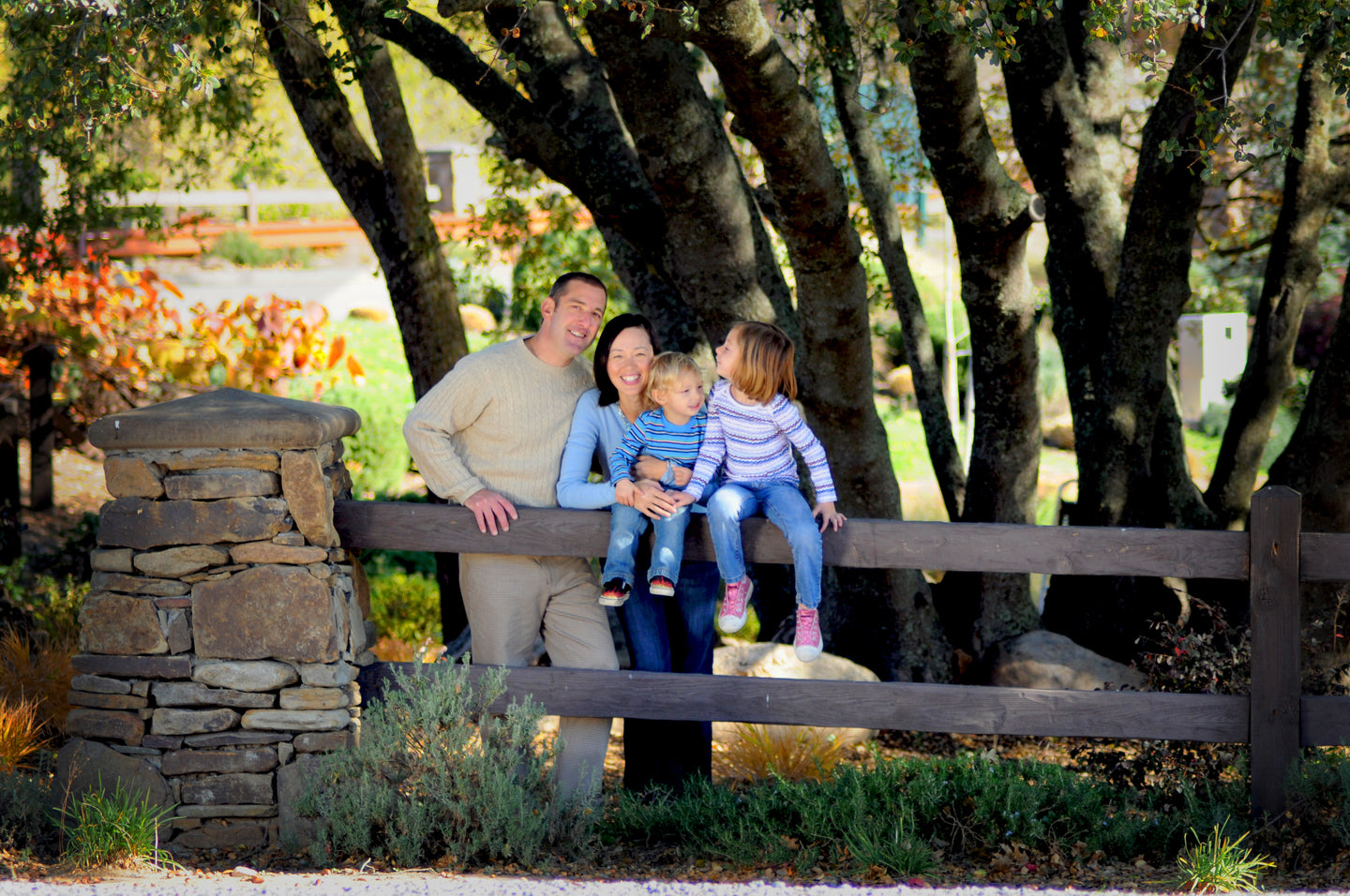 Family Portraits Trees and Fence - Tracy McCrackin Photography