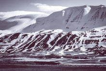Load image into Gallery viewer, Icelandic Mountains and Valleys of Amazement
