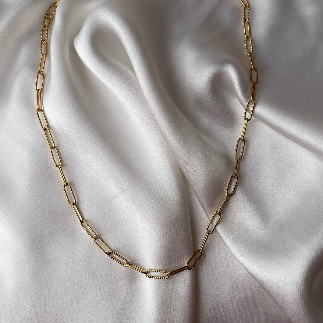 Textured Paperclip Chain Necklace