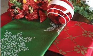 Easy Gift Idea: Custom Stencil Holiday Table Runners